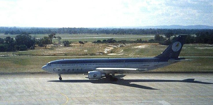 Compass A300, Perth Airport 1990