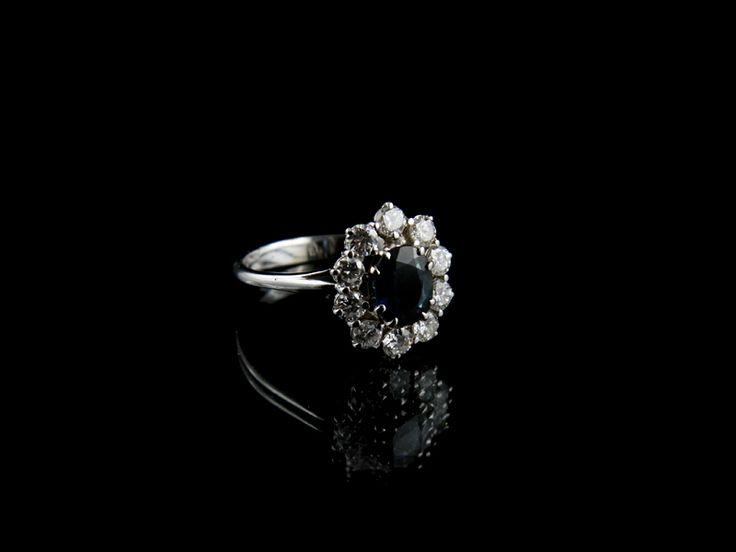 Anello con Zaffiri. #sapphires #rings #anelli #gioielli #jewels #love #infinity