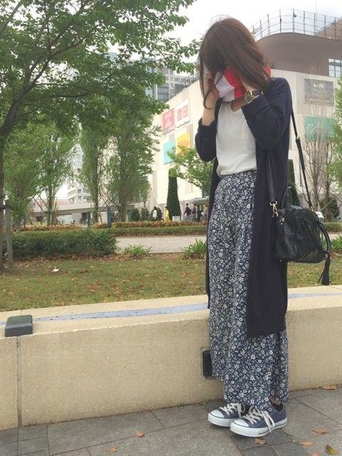 GUのスカンツ、1着は持っているという人も多いのでは?そのデザイン性と着心地の良さから2枚目を考えている人にオススメ!GUの花柄スカンツはあえて花柄が苦手な人に着て欲しい。フラワープリントでもクールに着こなせるコーデ術をオシャレさんから学んじゃおう☆(^^♪