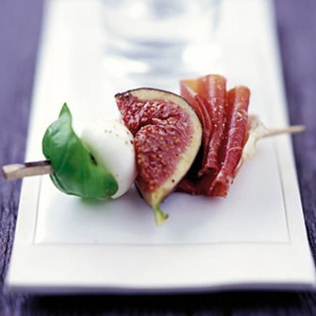 Marinated Figs With Prosciutto, Mozzarella & Basil Recipe with 7 ingredients Recommended by 7 users.