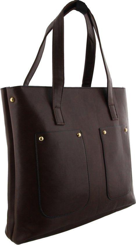 Grote bruine tas met op de voorkant 2 open vakken.