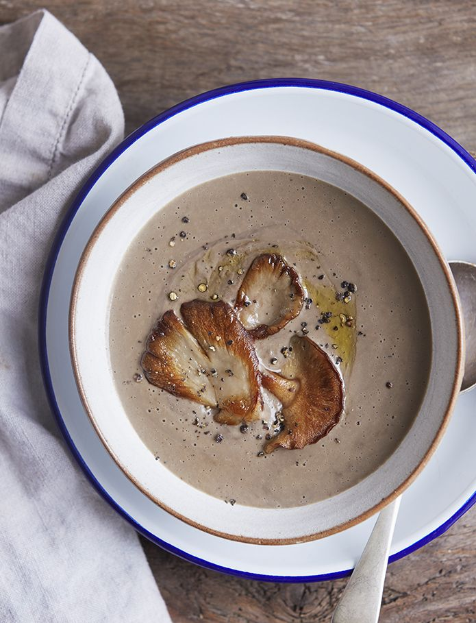 Ingredients:  400ml coconut milk 200g button mushroom 1 tbsp bouillion powder 2 cloves garlic 120g butter beans 1/2 tsp tamari 1 tsp ta