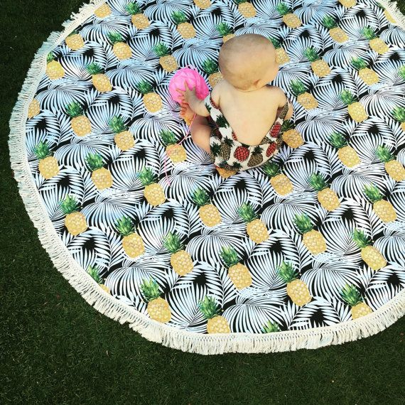 Pineapple fabric, beach mat, park mat, picnic rug, round rug, round picnic blanket, fringe edge