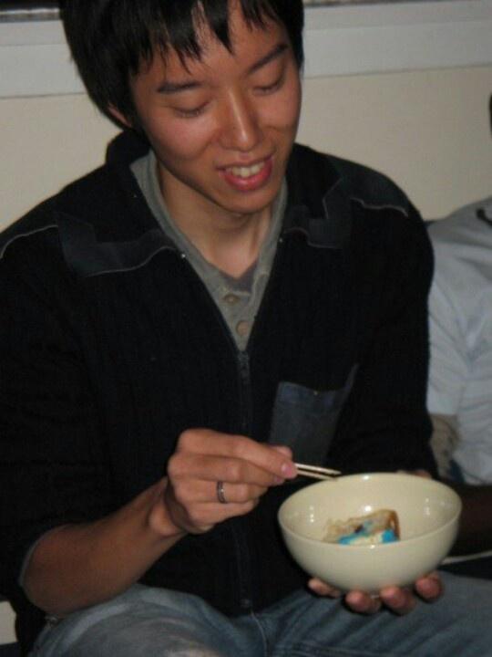 Japanese eat cake!