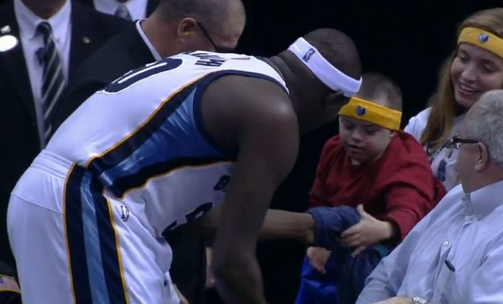 Trending Special Needs Topics: Zach Randolph's Surprise Gift, a Fight over Chickens, and More
