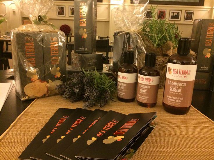 New Massage oils: with vanilla, basil and lavender or peppermint Da noi trovate i trattamenti tutti naturali di @deaterraitalia !