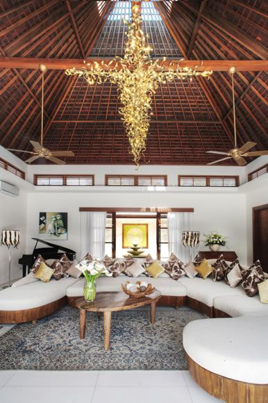 CHIC TROPICAL Living-Room by Canela Bali  Wooden chic sofa & designed pillows with fully detachable covers to facilitate washing.  Get yours on https://www.canelabali.com/canelabaliliving-room