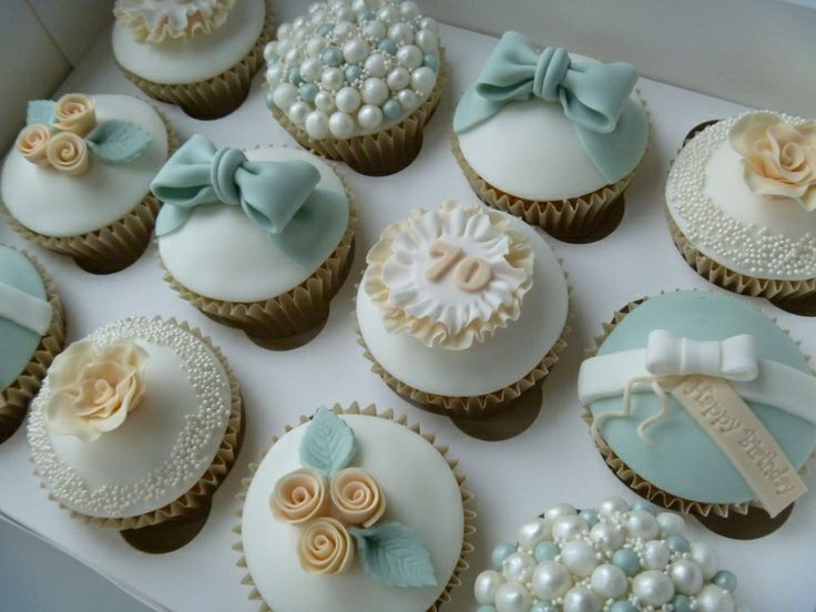 Vintage 70th Birthday Cupcakes Moms 70th Pinterest