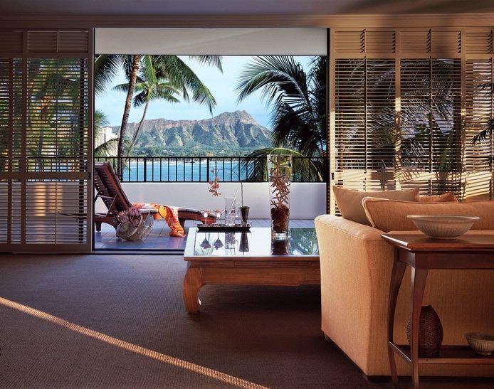 Tropical Elegance: The Royal Suite at Halekulani