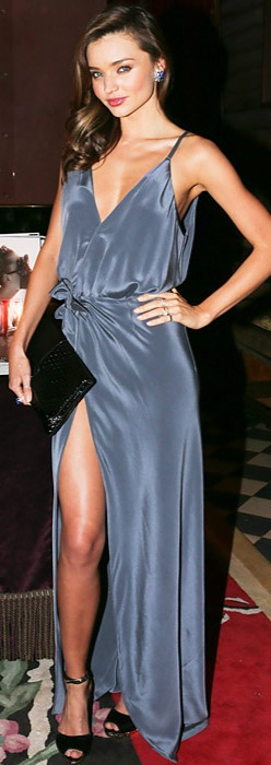 Miranda Kerr looking elegant and stylish...as always.    22      5