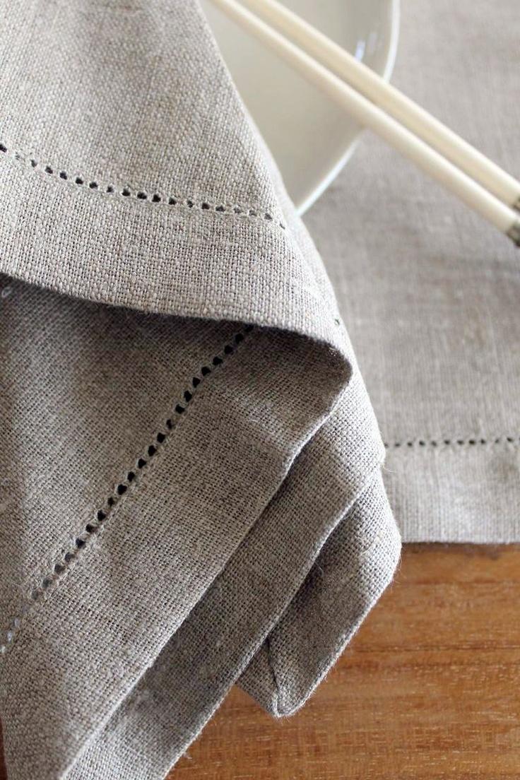 Individual linen napkin and placemat set