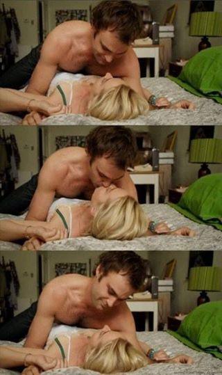Offspring season 2 - Charming Patrick changed the sheets ;)