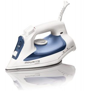 Best Steam Iron Reviews no. 1. Rowenta DW2070 Effective Comfort Steam Iron. Rowenta makes superior steam irons, and we considered two models for the number one spot in our rankings.