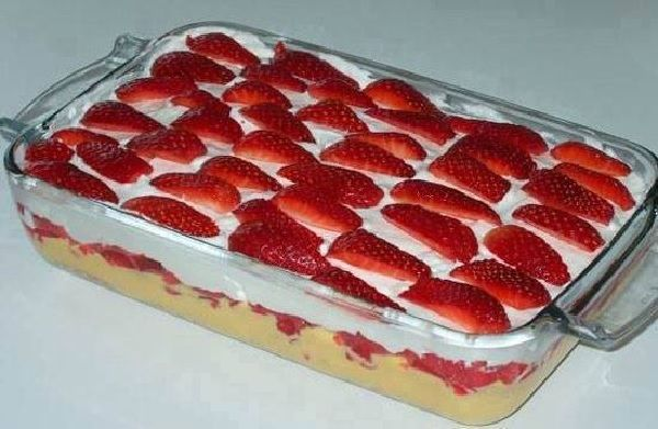 A Torta Gelada de Morango é uma sobremesa deliciosa e especial para toda a sua…