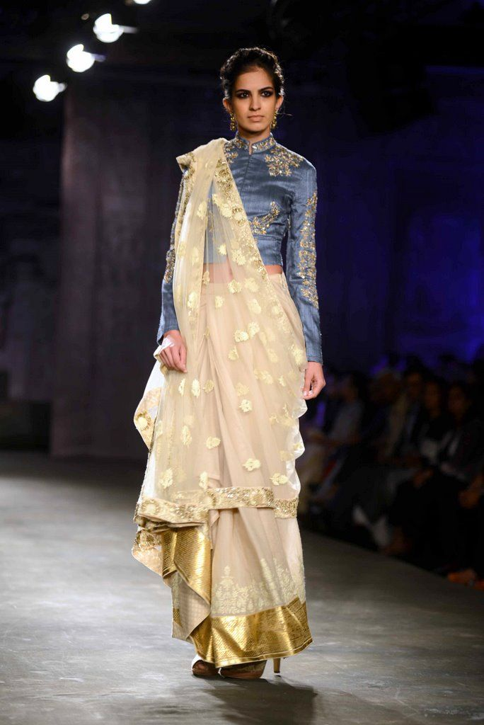 Anju Modi for Delhi Couture week 2014