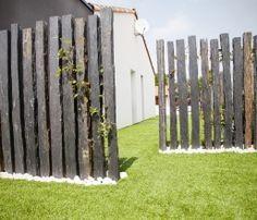 Les 25 meilleures id es concernant piquets cloture sur pinterest claustra exterieur cloture for Cloture jardin contemporaine