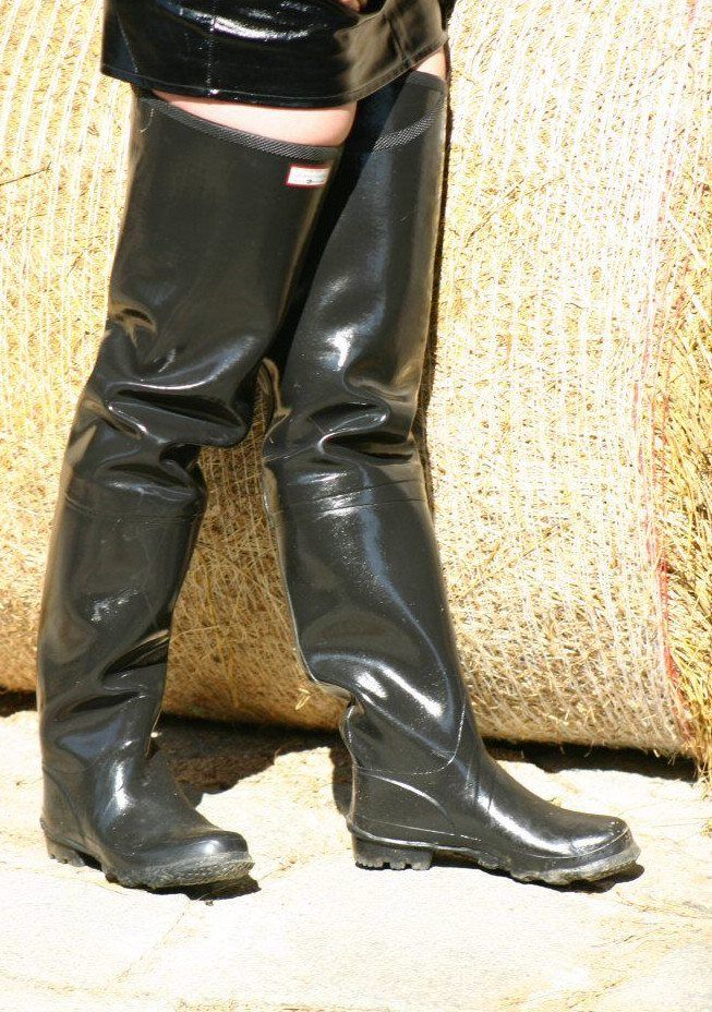 201 Pingl 233 Par Muddy Monsters Sur Sexy In Rubber Waders