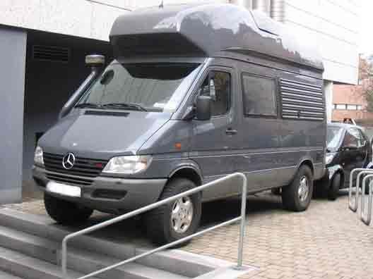 Sprinter james cook 4x4 vehiculos overland pinterest for Mercedes benz sprinter 4x4 diesel