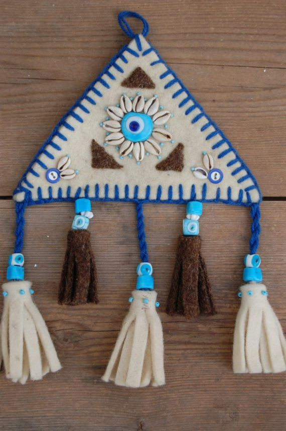 felt wall hanging by PashaBodrum on Etsy, $20.00