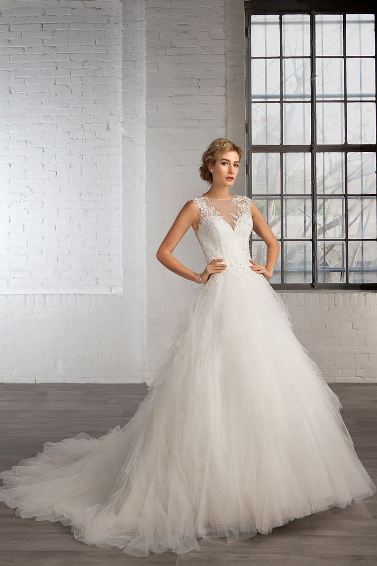 Cosmobella wedding dress Style 7766: Cosmobella 2016 bridal collection : https://www.itakeyou.co.uk/wedding/cosmobella-wedding-dress-2016 #weddingdress #weddingdresses