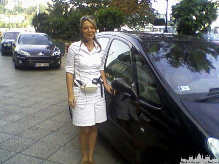 Judit B. Eu sou Judita, uma guia turistica húngara, e trabalho feito 15anos com os turistas em espanol y portugues brasileiro. Eu faco visitas guiadas em Budapeste, e escursoes na Hungria. Faco visita de 4 horas de carro, de 8 horas de carro.Tambén visita a caminhada de 4 horas,o de 8 horas, walking tour Programa folklórico, paseigo na barco com jantar. Visita ao Bairro Judeu. Excuroes ao Povo Santo André a 2o km, Passeos de Barco, VIsita ao Palacio da Emperatriz SISSi,Visita al Parlamento…