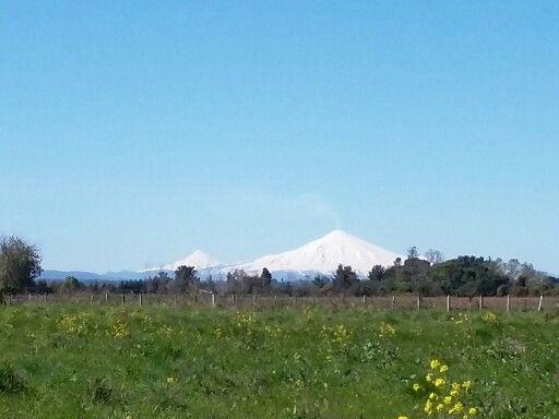 Volcán Villarrica y volcán Lanín
