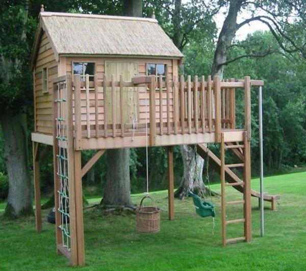 Super Tolles Kinderhaus Mit Kletterwand Zum Spass Indoorplayhouseplans Kinder Spielhaus Garten Spielhaus Garten Spielhaus