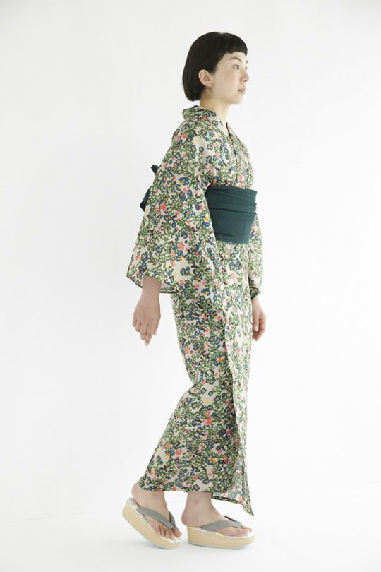 i have to have this.....flower bed yukata | minä perhonen