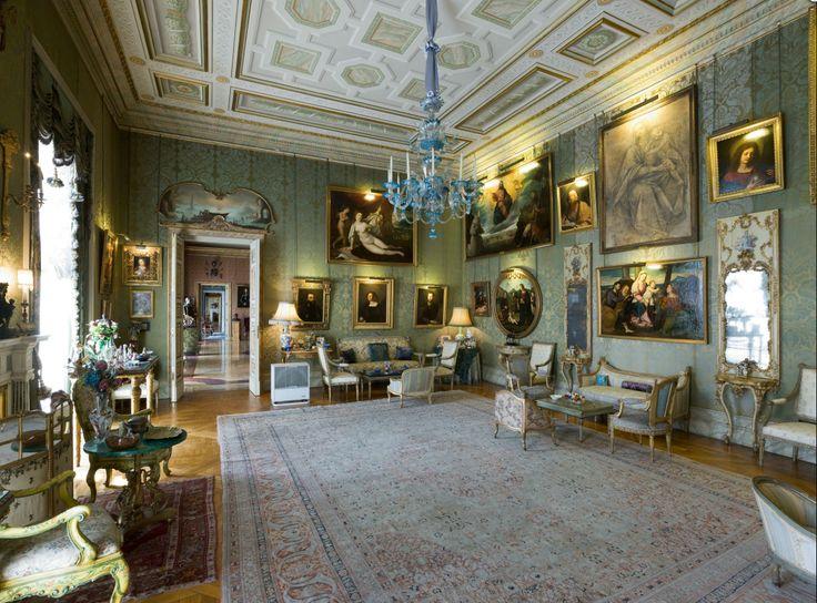 Palacio de Liria (Madrid), morada de los Alba en Madrid. / http://www.gerhard-hagen.de/blog/bildband-uber-die-architektur-madrids/