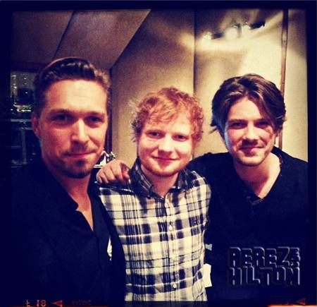 Isaac & Taylor Hanson hang out with Ed Sheeran in Tulsa after Ed's show with Taylor Swift.