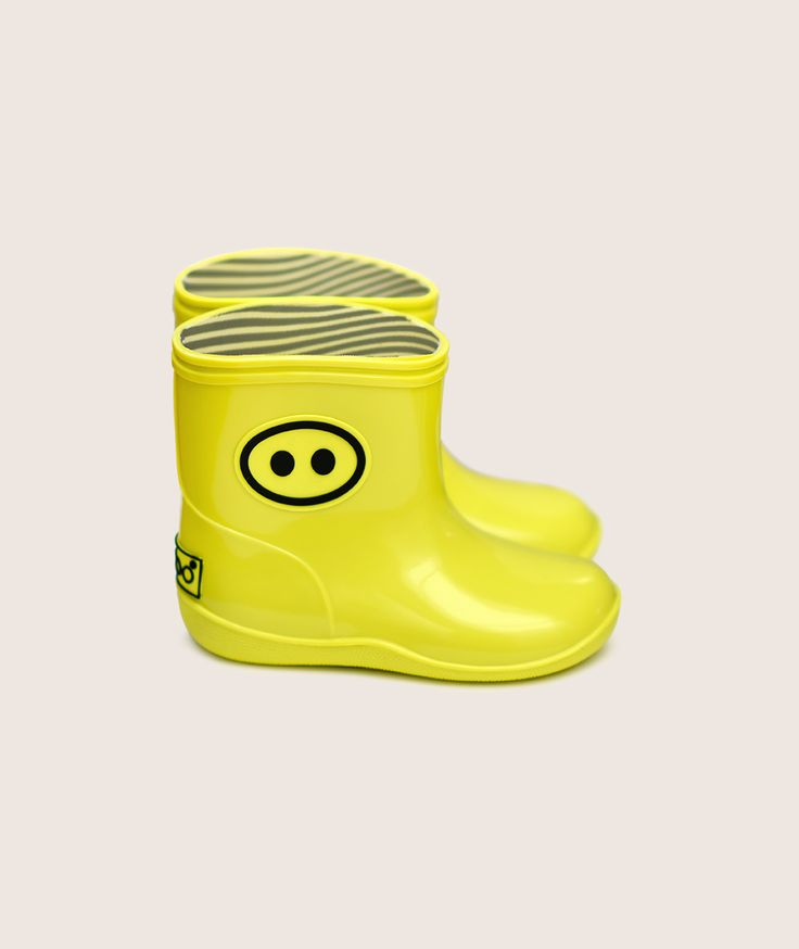 Cool #yellow #wellies will be perfect for #spring #rainy days! Available online at Fancykids.com #fancykids #kidswear #children #fashion #style #ecofriendly