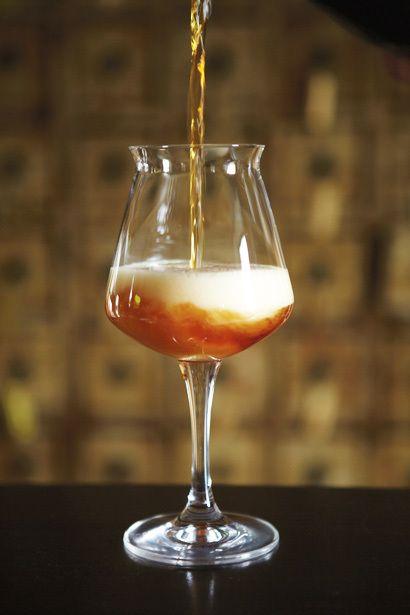TEKU: è il bicchiere più usato per le degustazioni di birra. Utilizzato nei ristoranti e nei locali di livello medio e alto, e in alcuni festival dedicati alla birra artigianale di nicchia.