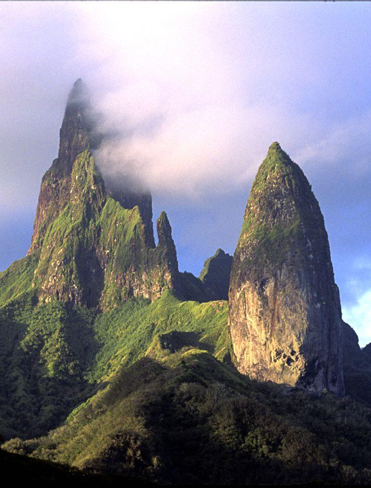 The mountain peaks of Ua Pou, Marquesas Islands, French Polynesia. Credit: P. Bacchet