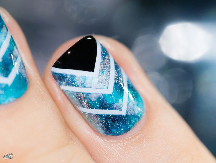 Aqua Chevron nail art idea