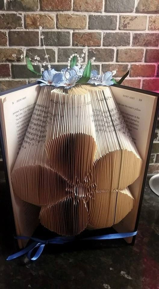 Book folding pattern for a Forget me not by BookFoldingForever