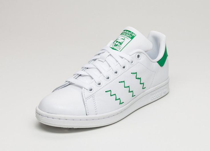Farbe: Ftwr White / Ftwr White / Green Reissue of Stan Smith's Signature  Tennis Shoe Zig Zag knitted adidas stripes Leather Upper