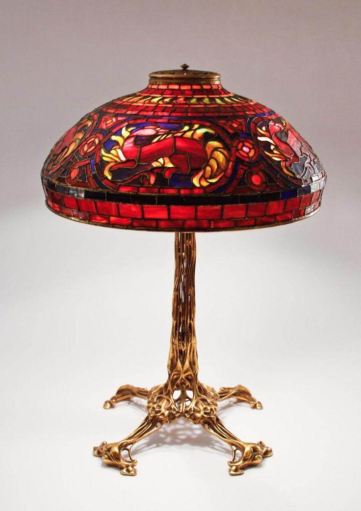 Studios Salamander Quoizel Tiffany Table Lamp Tulip Model Blossom Shade Red  Color