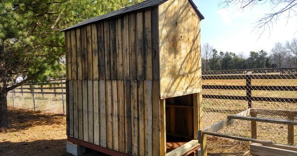 DIY Chicken Coop from Pallets Chickens DIY Featured building a chicken coop building a simple chicken coop chicken coop chicken coop construction free chicken coop plans how to build a chicken coop nesting box roosts upcycle walk in chicken coop Wood Pallets Pinned to Chickens on Pinterest