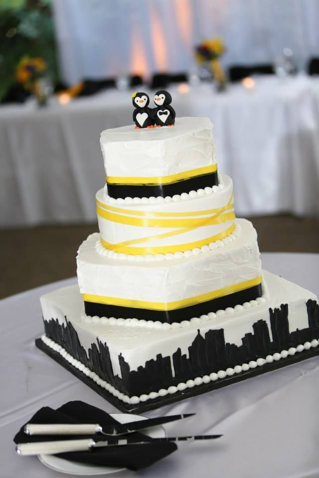 Pittsburgh Skyline Cake With Penguins Cake Topper