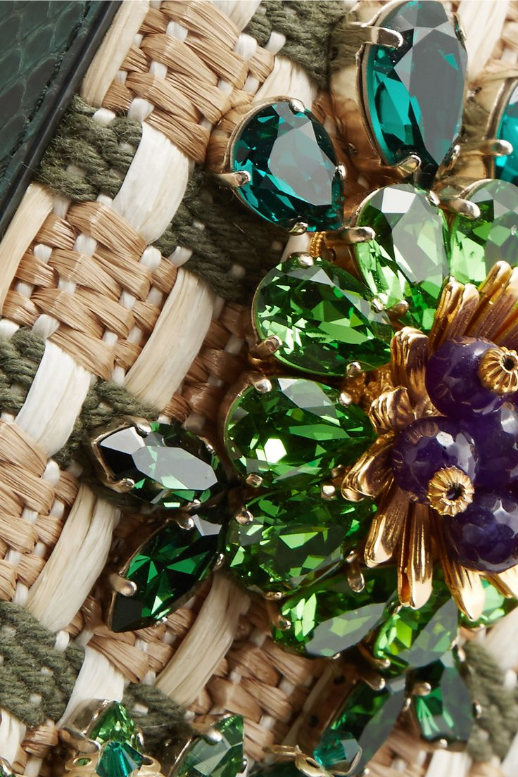 Dolce & Gabbana #DolceandGabbana  #details #fashion #embellished
