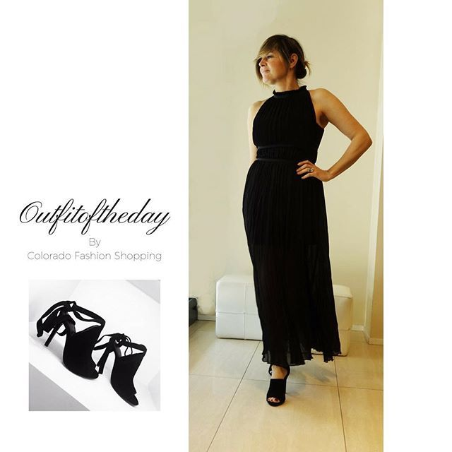 #Goodmorning  #Outfitoftheday by Colorado #pinko #dress #sandal #kendallkylie #fashion #ootd #elegance #love #spring #ss17 ❤️ SHOP ONLINE www.coloradofashionshopping.it #spedizionegratuita in Italia #sconto 10% sempre se ti registri alla newsletter Colorado #fashionblog #fashionblogger #glam #glamour #cool #trendy #beauty #musthave #outfit #outfitideas #igers #moda #milano #shopping #shoppingonline  #partydress