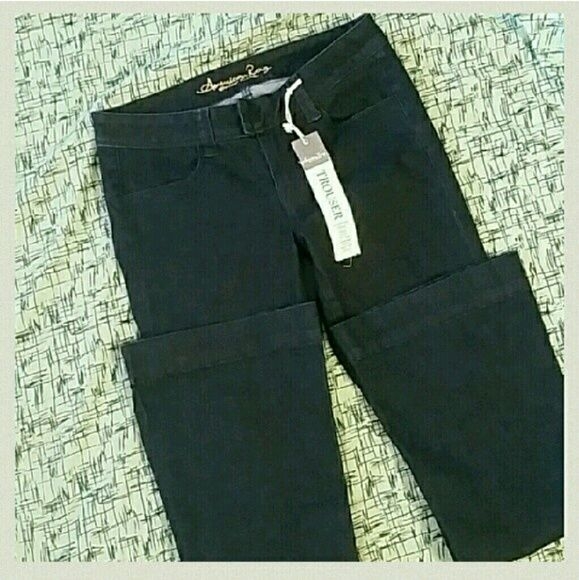 """Sale! NWT! American Rag Cie  Jean Trousers DARK LIKE PIC. 2! BLUE!! BLUE!! NWT! BLUE!! American Rag Cie Fitted Jean Trouser. These have plently of stretch. Dark Blue wash. 2 back Pockets and 2 front pockets. Button plus slide closure. Slightly flared leg. Super cute! Scoop them up at this price! Inseam 30"""" Rise 7 1/2 Thigh Opening 9 """" 21"""" leg opening ( circumference ) zipper and 2 hook closure on waist. THESE ARE JEANS! BRAND NEW! American Rag Jeans Flare & Wide Leg"""