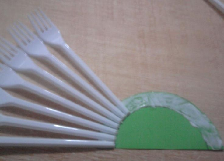 Como Hacer Una Abanico Con Tenedores De Plastico 1