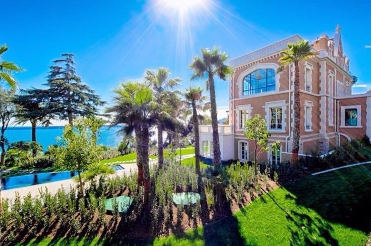 Living in this magnific chateau with a panoramic sea view will inspire you to lead your most luxurious life each and every day!  | Location: Cannes, France | Listing: https://www.properbuz.com/view-details?property-id=magnific-chateau-for-sale-with-a-panoramic-sea-view-and-8-bedrooms-cannes-californie~36158 #Holidayhome #DreamHome  #RealEstate #Houseforsale #HomeOfTheDay  #Home #Homes #Properbuz