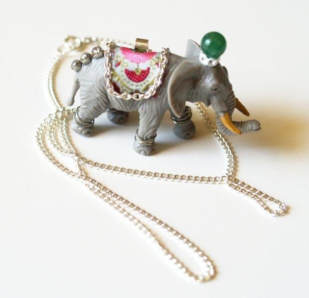 bling up plastic animals and make into necklace? must show Mer