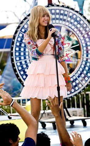 Criador da série Hannah Montana diz que ela continua viva