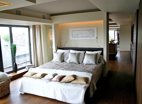 Walk in wardrobe/en suite behind the bed? http://gapublications.com/new-design-idea/one-bedroom-apartment-interior-modern-design/