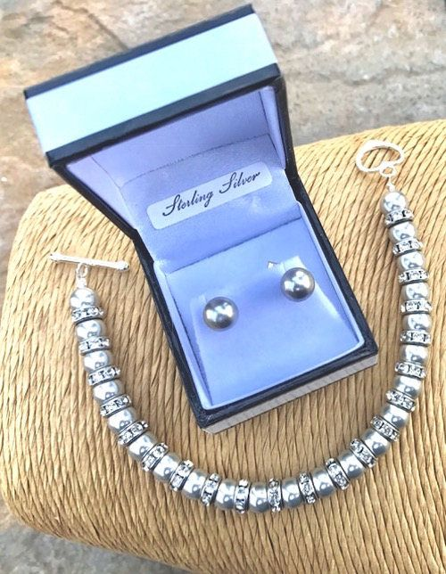 Light Grey Bracelet and Earring set - Swarovski Pearl Bracelet - Bridal Accessories - Mother of the Bride - Wedding Accessories