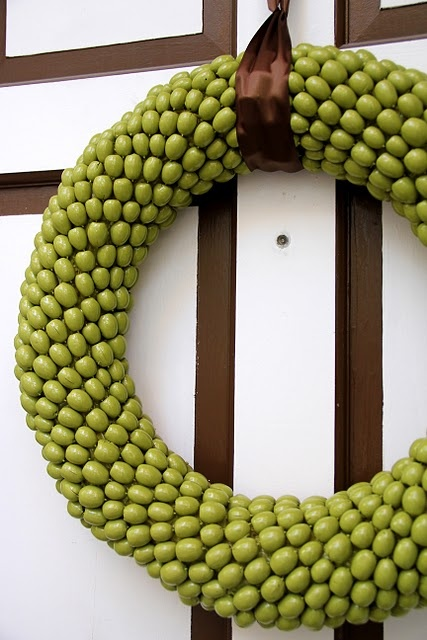 Acorn Wreath -- this is spray painted but I loved it's natural color too! (And I love that door too!) I wanna paint my door!