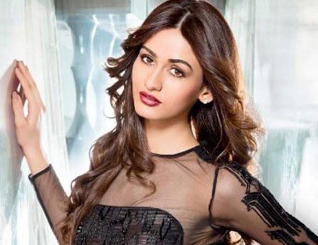Aditi Arya Crowned FBB Femina Miss India World 2015 | #FeminaMissIndia #AditiArya